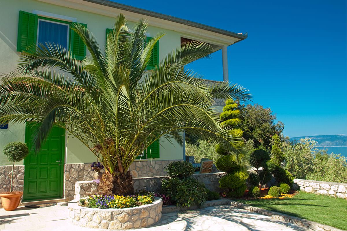 Appartamento ana affitto appartamento croazia for Planimetrie della piccola casa sul lago